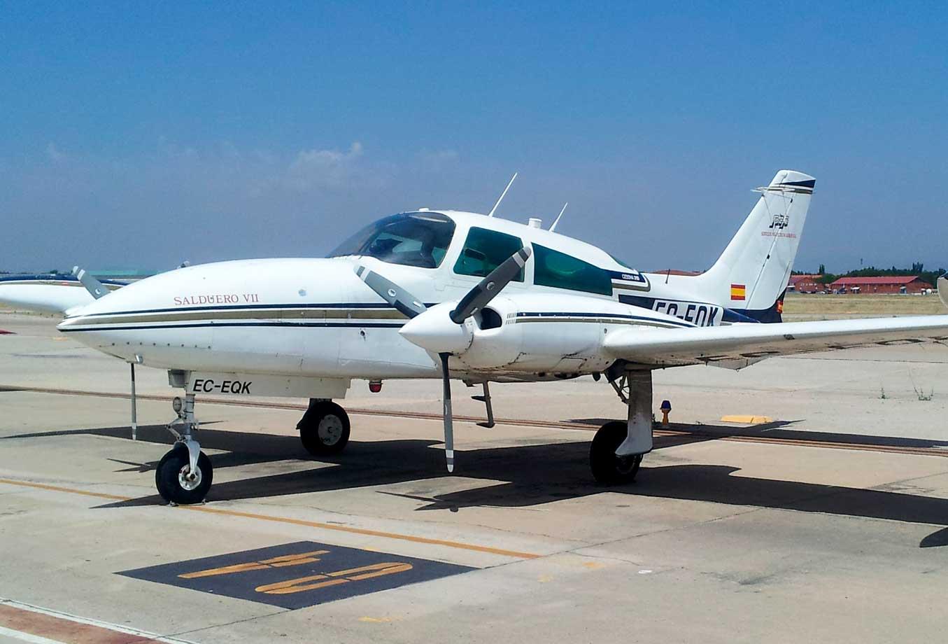 Avioneta EQK